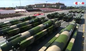 [Video] Tên lửa đạn đạo nào của Trung Quốc có thể đe dọa tàu sân bay Mỹ?