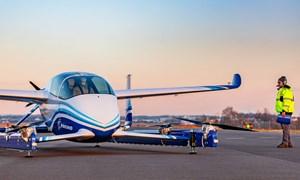 [Video] Boeing thử nghiệm thành công xe bay cất hạ cánh thẳng đứng