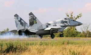Nga bắt đầu biên chế hơn 100 tiêm kích