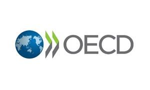 [Infographic] OECD hạ dự báo tăng trưởng kinh tế toàn cầu
