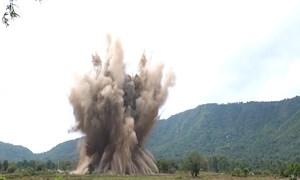 [Video] Hơn 40.000 người chết do bom đạn tồn sót sau chiến tranh