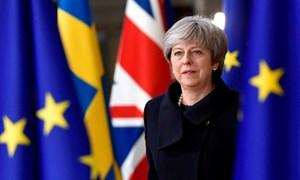 [Infographic] Thủ tướng Anh vượt qua bỏ phiếu bất tín nhiệm