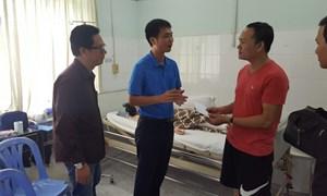 Bảo Việt hỗ trợ nạn nhân vụ tai nạn 2 xe giường nằm đối đầu