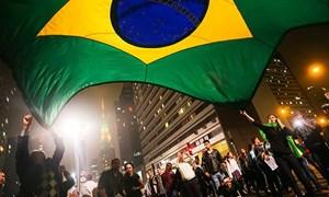 Thượng viện Brazil thông qua các biện pháp thắt lưng buộc bụng