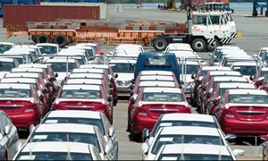 Nhập khẩu hơn 6.300 ô tô trong nửa đầu tháng 3