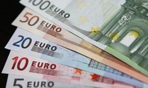 EU cảnh báo về mức thâm hụt ngân sách của Pháp và Tây Ban Nha