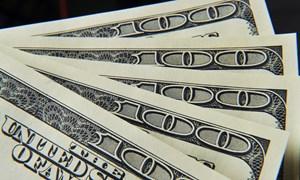 Vì sao đồng USD liên tục bị suy yếu?