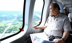 [Video] 2 giờ thị sát miền Tây trên trực thăng của Thủ tướng