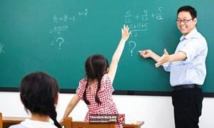 [Infographic] Giáo viên đang hưởng lương như thế nào?