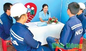 Giải pháp khuyến khích người lao động tham gia bảo hiểm