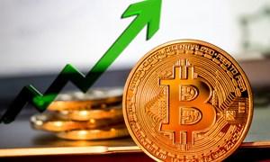 """Jeff Bezos có thể mất ngôi người giàu nhất hành tinh cho """"cha đẻ"""" của bitcoin"""