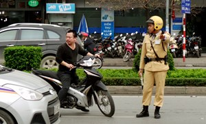 Mở cao điểm tuần tra, xử lý nghiêm vi phạm an toàn giao thông