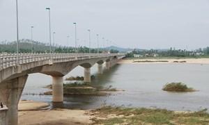 [Video] Quảng Ngãi làm cầu hơn 2.200 tỷ bắc qua sông Trà Khúc