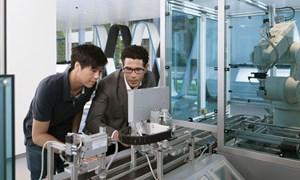 Thu hút, phát triển nguồn lao động chất lượng cao trước yêu cầu của Cách mạng Công nghiệp 4.0