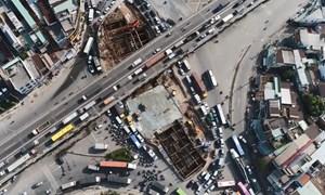[Video] Nút giao thông 3 tầng ở cửa ngõ Sài Gòn dần thành hình