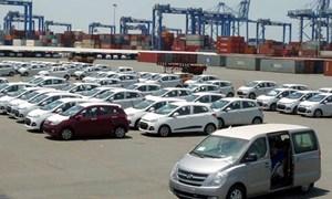 Nhập khẩu ô tô giảm mạnh đầu năm 2018