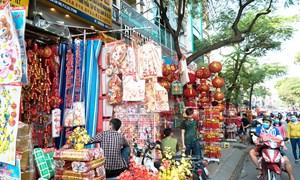 Không khí Tết tràn ngập phố người Hoa ở Sài Gòn