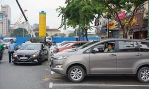 [Video] Mức phí đậu ô tô ở trung tâm TP. Hồ Chí Minh thay đổi thế nào?