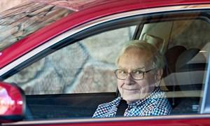 """[Video] Kỳ lạ những chiếc xe """"rẻ bèo"""" của 5 tỷ phú"""