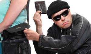 [Video] Mẹo đánh lừa thường áp dụng của những kẻ móc túi