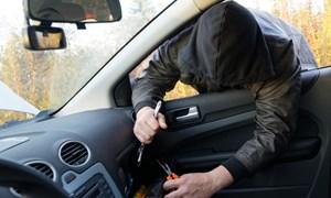 [Video] Truy bắt nghi phạm người Trung Quốc trộm 3 tỷ đồng trên ô tô