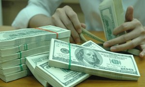 Một số vấn đề về quản lý và kiểm soát nợ công ở Việt Nam