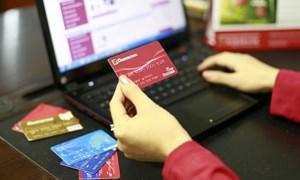 Phát triển dịch vụ ngân hàng điện tử tại Agribank