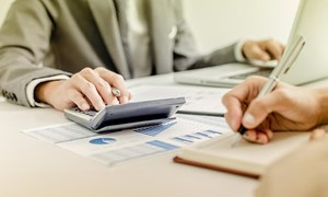 Tổ chức công tác kế toán doanh nghiệp theo quy định của Luật Kế toán 2015