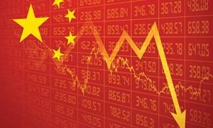 Kinh tế Trung Quốc giảm tốc do giảm nợ và xung đột thương mại