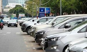 TP. Hồ Chí Minh thu phí đỗ ôtô lòng đường qua tin nhắn 1008