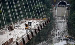 Toàn cảnh vụ sập đường cao tốc rúng động Italy khiến nhiều người thiệt mạng
