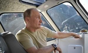 Tổng thống Putin và chuyến nghỉ hè ở vùng hoang vu Siberia