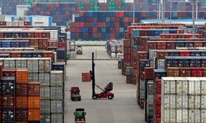 Nhập khẩu đạt mức kỷ lục, thâm hụt thương mại của Mỹ tăng mạnh