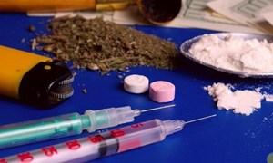 [Infographic] Nguy hiểm khôn lường khi sử dụng ma túy tổng hợp liều cao