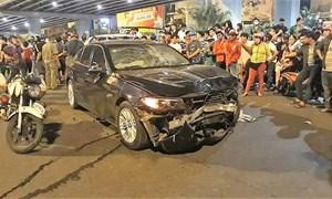 [Video] Nữ tài xế BMW gây tai nạn như thế nào?