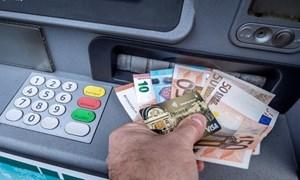 Các ngân hàng Eurozone nới lỏng quy định tín dụng