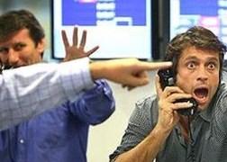 Nghe trader hay nghe nhà kinh tế học?