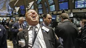 Dow Jones 3 phiên liền tăng 3 con số, Apple rớt 5%