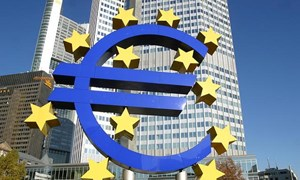 EU hạ dự báo tăng trưởng của Eurozone năm 2014
