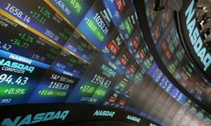 Nasdaq vượt ngưỡng 4,000 lần đầu trong 13 năm, Dow Jones chạm kỷ lục mới