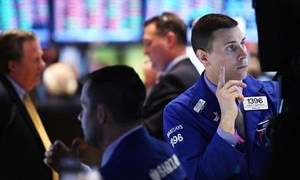 Fed và QE nhấn chìm Dow Jones và S&P 500 phiên thứ tư liên tiếp