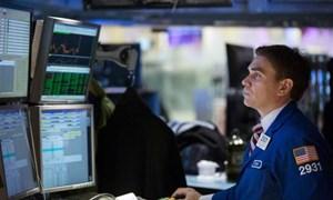 Chứng khoán Mỹ trồi sụt trước quyết định quan trọng của Fed