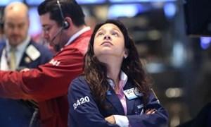 S&P 500 chính thức ấn định kỷ lục mới sau nhận định của Chủ tịch Fed
