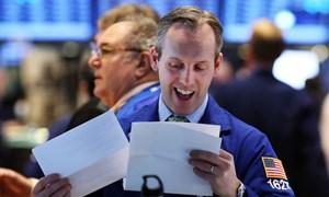 S&P 500 viết tiếp phiên kỷ lục thứ 50 sau số liệu việc làm Mỹ và quyết định của ECB
