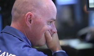 """Sáu sự kiện khiến thị trường chứng khoán toàn cầu """"thót tim"""" năm 2014"""