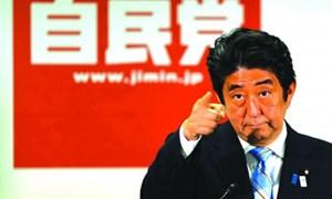 Tăng thuế gây rủi ro cho Abenomics