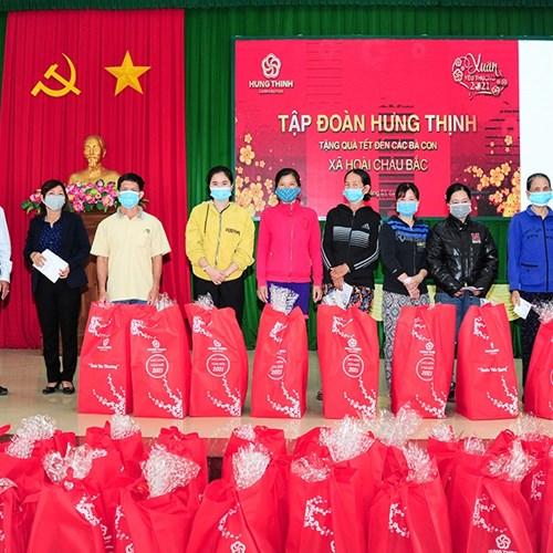 """Hưng Thịnh tặng quà """"Xuân Yêu Thương"""" cho người dân tỉnh Bình Định và Khánh Hòa"""
