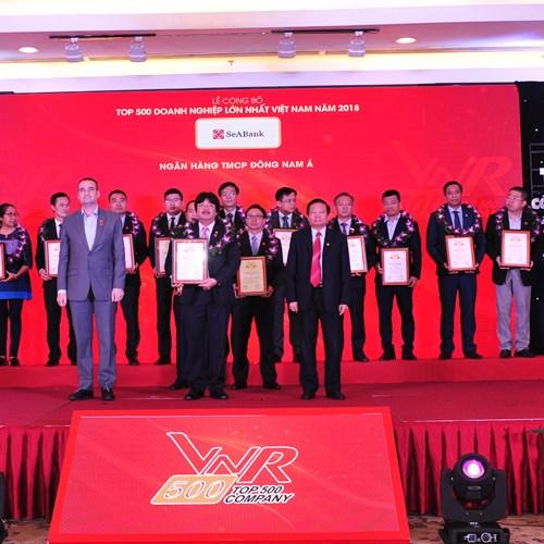 """SeABank tiếp tục được vinh danh trong bảng xếp hạng""""top 500 doanh nghiệp lớn nhất Việt Nam"""""""