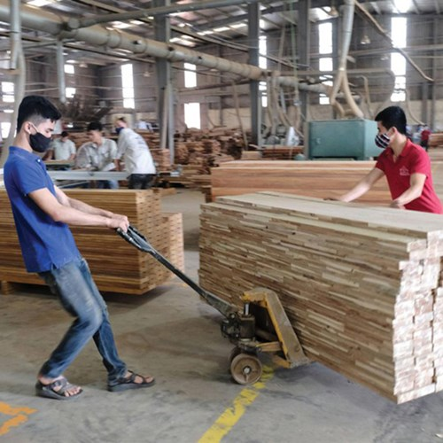 Cơ hội khi doanh nghiệp gỗ phục hồi sản xuất