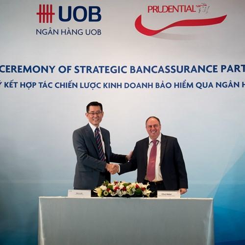 Prudential hợp tác chiến lược kinh doanh bảo hiểm với ngân hàng UOB